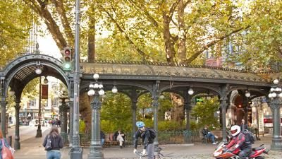 Despite more than 150 rainy days annually, Seattle remains a strong city for cyclists