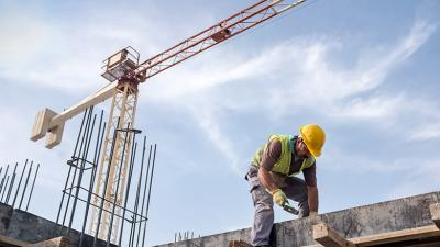 Three out of four contractors plan to add workers next year, but worries swell over the labor supply and quality, national survey finds