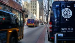A poll by the Downtown Seattle Association and the Seattle Metro Chamber of Commerce found that 83% of voters consider job loss and business closures a serious issue
